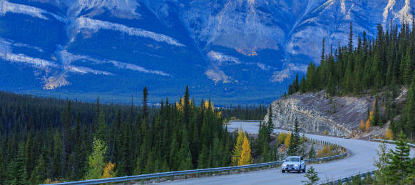 car rental hitting the roads of canada