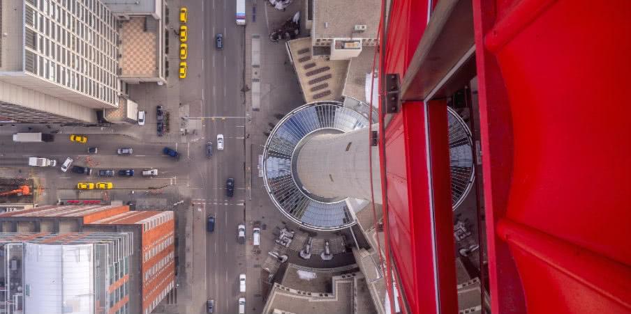 glass floor calgary tower, alberta