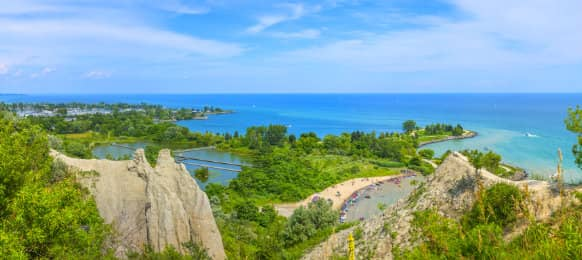 Panoramic view of Scarborough Bluffs in Toronto, CA